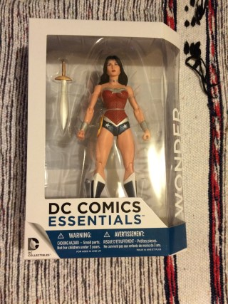 comic-block-october-2016-wonder-woman-figure